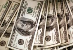 الدولار عند أدنى مستوى أمام العملات الرئيسية