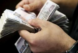 الأجانب يسحبون 8 مليارات دولار من مصر بـ4 أشهر