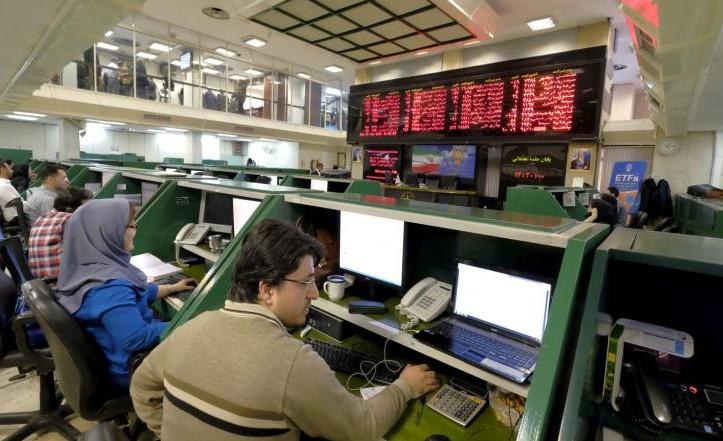 بورصة طهران عند أعلى مستوى في تاريخها