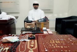 Man arrested for stealing jewelry and expensive watches